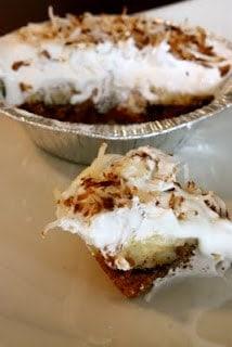 Chocolate Banana Cream Mini Pies