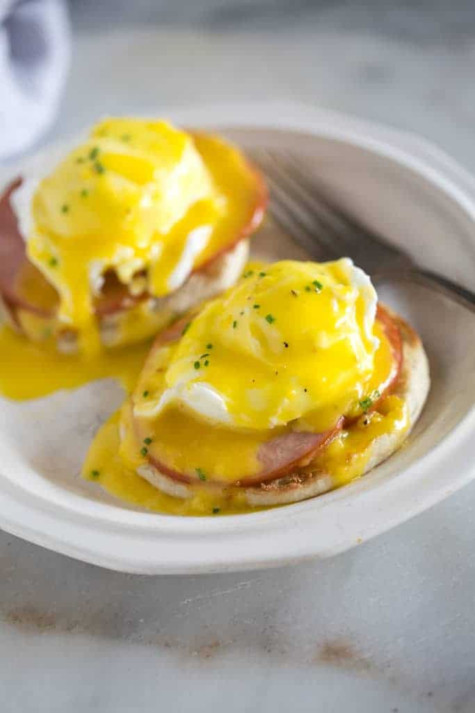Eggs Benedict With Hollandaise Sauce Tastes Better From Scratch
