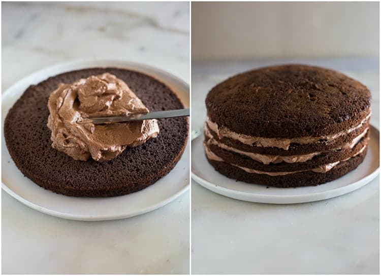 Process for assembling a chocolate cake with layers of chocolate mousse filling.