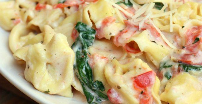 Creamy Tomato and Spinach Tortellini