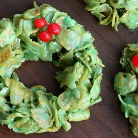Christmas_Cornflake_Wreaths_Feature