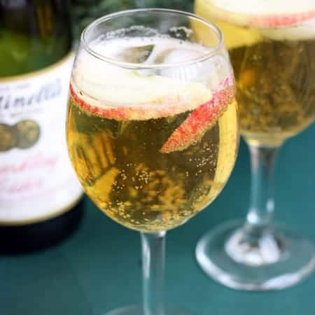 Homemade Sparkling Apple Cider (Martinelli's) recipe on TastesBetterFromScratch.com