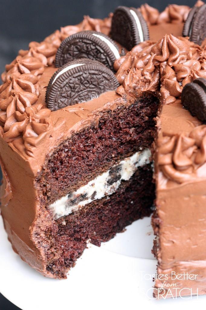 Chocolate Cupcakes With Oreo Cream Frosting Tastes