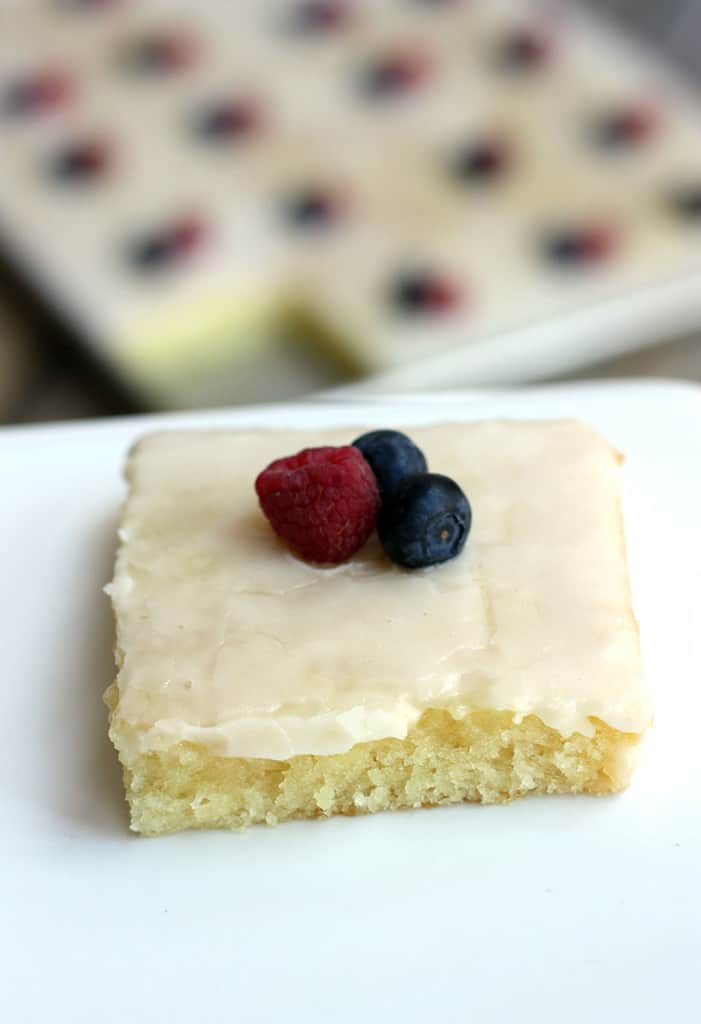 White Texas Sheet Cake Without Almond Extract