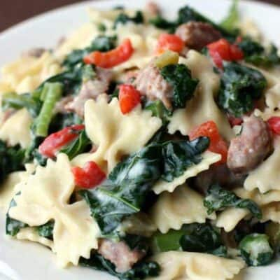 Creamy Kale, Sausage, and Roasted Red Pepper Pasta