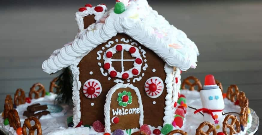 How To Make A Homemade Gingerbread House Tastes Better