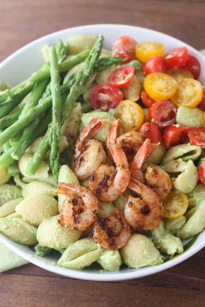 Creamy Avocado Pasta with Cajun Blackened Shrimp - a easy 30-minute meal!