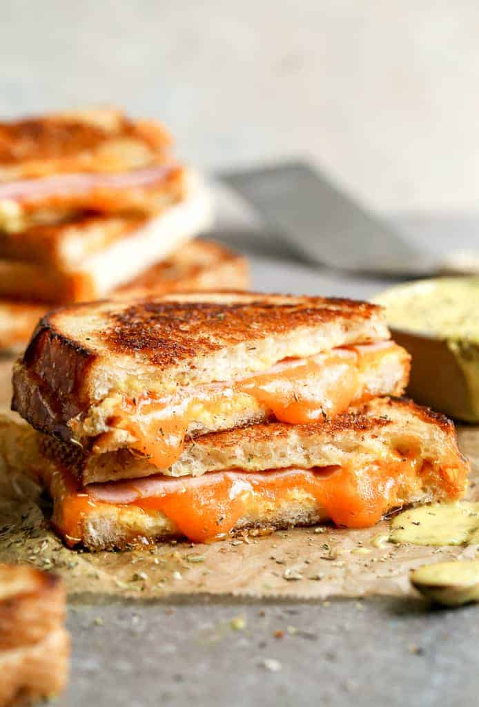 Grilled Ham And Cheese With Honey Mustard Sauce