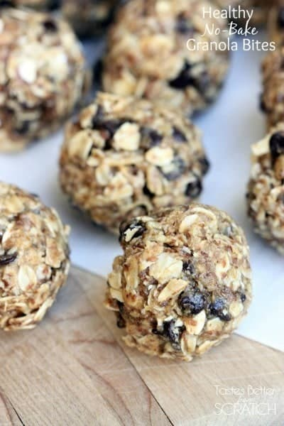 Healthy No-Bake Granola Bites are the perfect snack! Packed with whole grains and protein to leave you feeling energized and full, longer. #snack #healthy #easy #kidfriendly