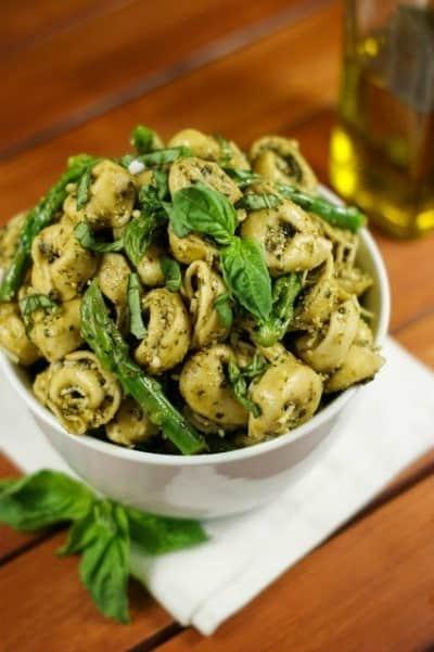 pesto-tortellini-salad-with-asparagus-6
