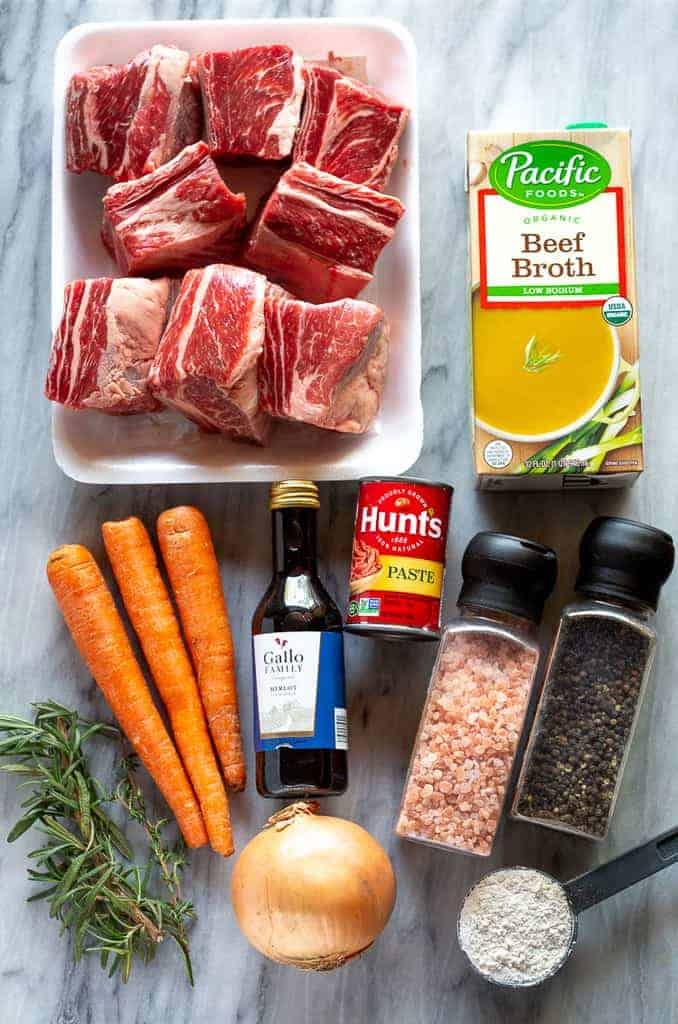 The ingredients for braised short ribs.
