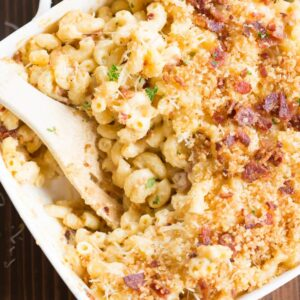 A casserole dish of mac and cheese with bacon.