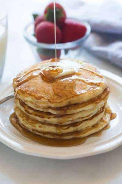 The best big and fluffy homemade buttermilk pancakes!   tastesbetterfromscratch.com