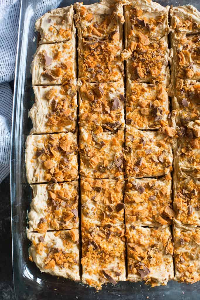 Butterfinger Cookie Bars | tastesbetterfromscratch.com