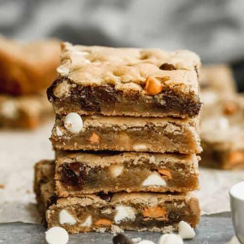 A stack of blondie brownie bars.